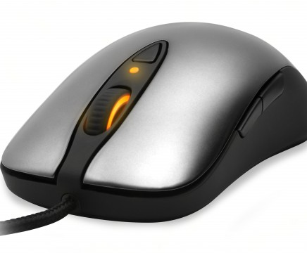 steelseries-sensei_angle-image-1