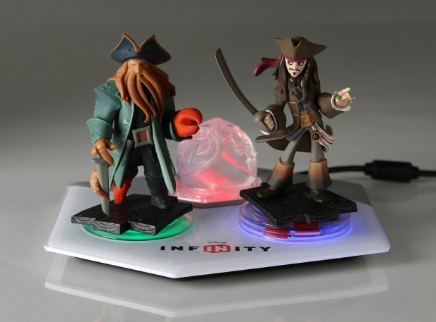 Disney Infinity Pirates of the Caribbean Play Set Trailer