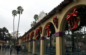 Knott's Berry Farm Announces Holiday Meal Options