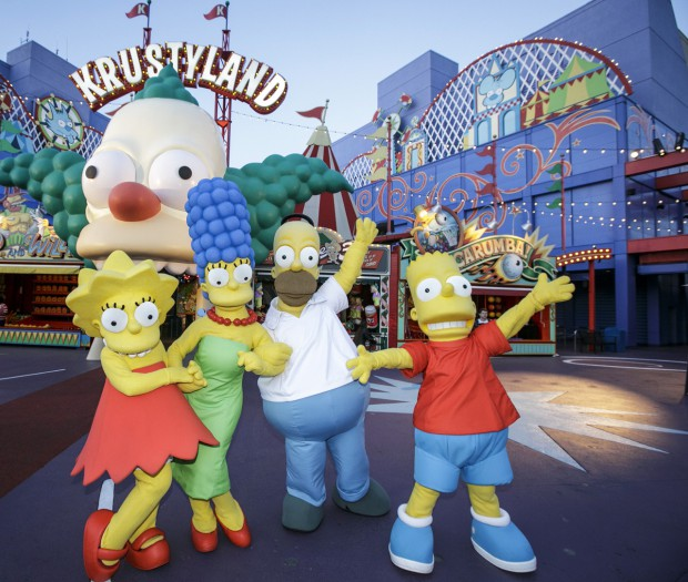 Springfield_Simpsons Family at Simpsons Ride