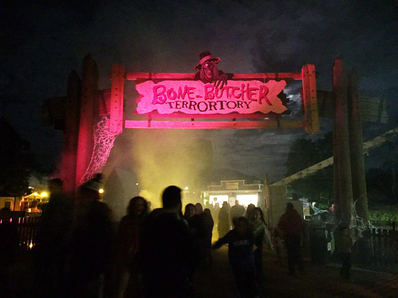Six flags fright fest dates in Brisbane
