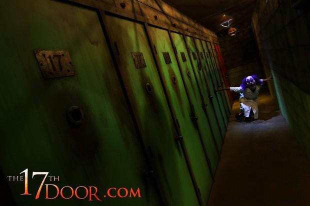 17thdoor-4