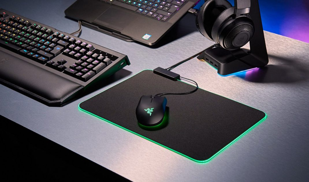 Razer Goliathus Chroma Soft Gaming Mouse Mat Review